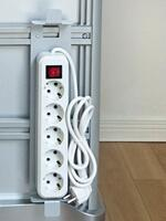 Power Strip with Holder XCSPDY31T4